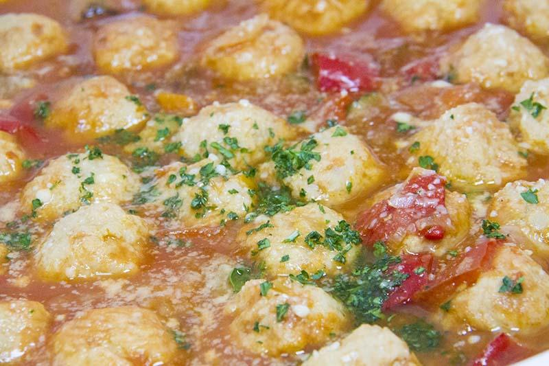 ミートボールと地中海野菜の煮込み