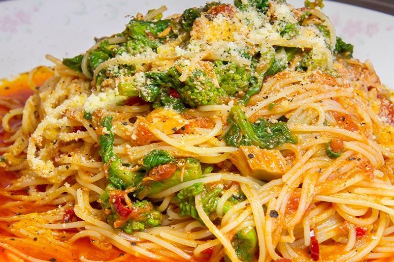 ツナ トマトソース スパゲッティ